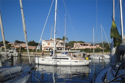 Charter Sailboat BAVARIA 41 CRUISER Furnari