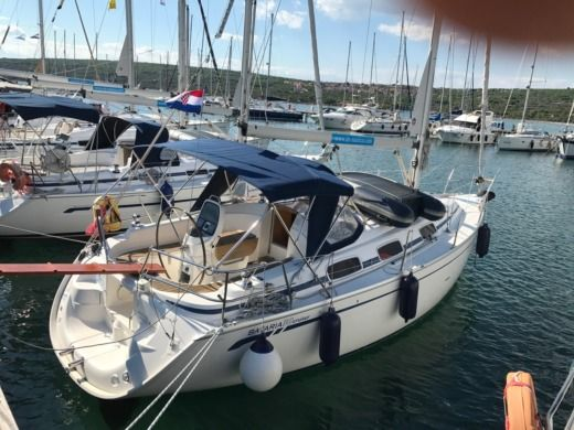 Sailboat Bavaria 30