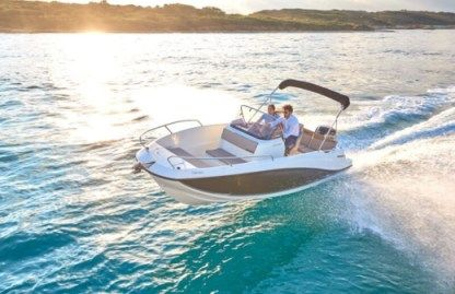 Rental Motorboat Quicksilver 605 Open Verano Marseille