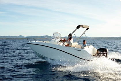 Hire Motorboat QUICKSILVER 505 Activ Open Fréjus