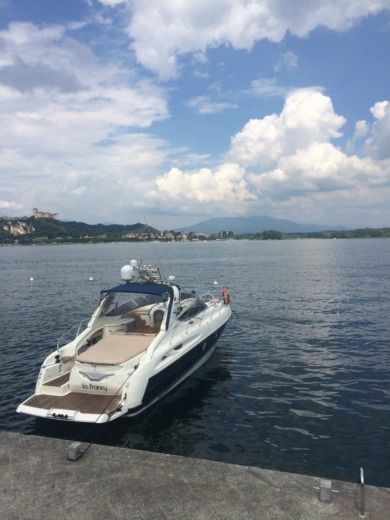 Cranchi Endurance 41 in Feriolo peer-to-peer