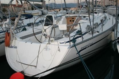Rental Sailboat Bavaria 38 Cruiser Seget Donji