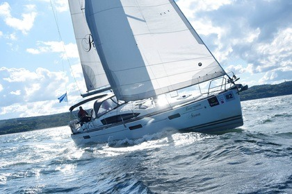 Rental Sailboat Sun Odyssey 42 DS Gdańsk