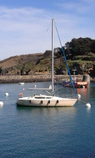 Sailboat KIRIE Feeling 920 for hire