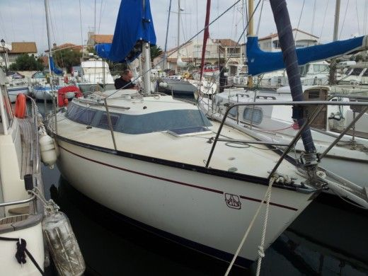 Dufour 2800 in Saintes-Maries-de-la-Mer peer-to-peer