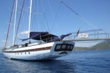 Sailboat Platin Yachting Delux for hire