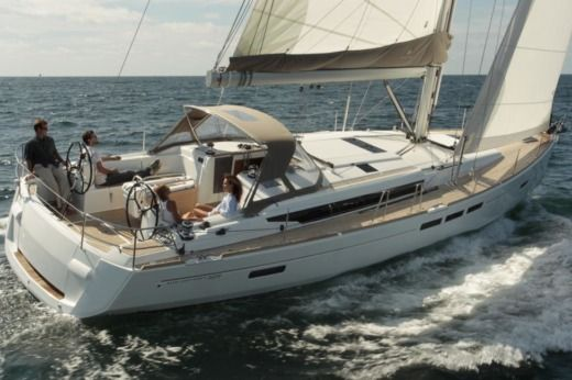 Sailboat Jeanneau Sun Odyssey 519 for hire