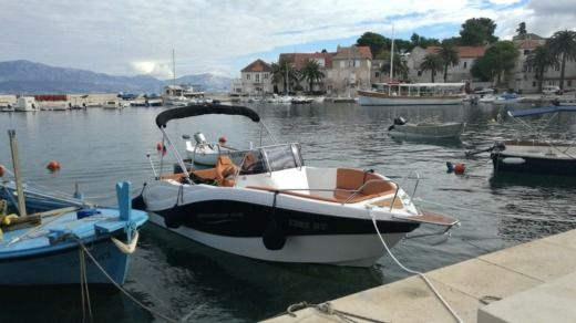 Okiboats Barracuda 545 in Split for rental