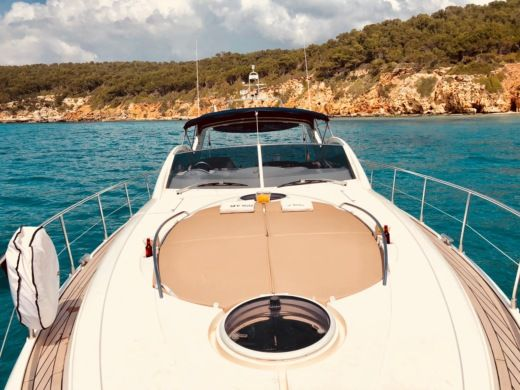 Fairline Targa 52 Gt in Mahon for hire