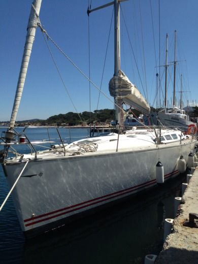 Sailboat Jeanneau Sun Fast 43 for hire