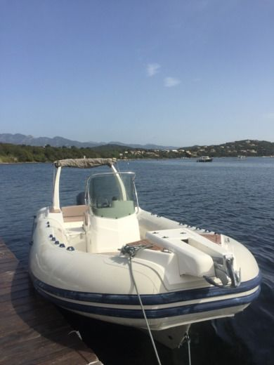 RIB Capelli Tempest Luxe 770 for hire