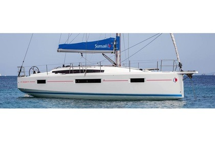 Rental Sailboat Sunsail 410 Piraeus