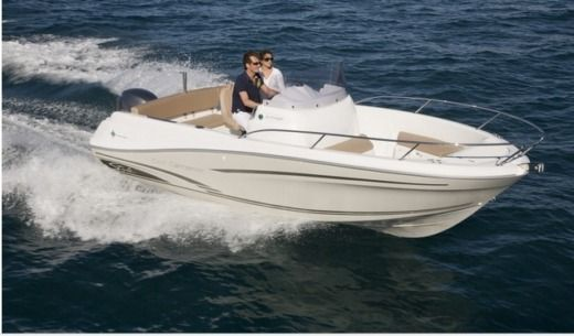 Jeanneau Cap Camarat 6.5 Cc in Juan les Pins for hire