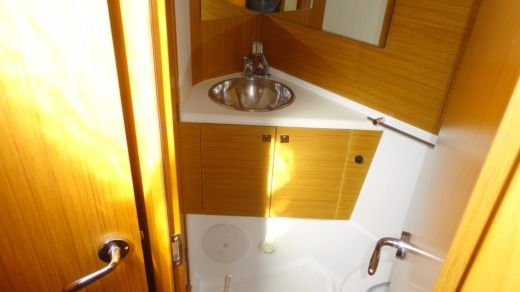 Jeanneau Sun Odyssey 44I in Lefkada for rental