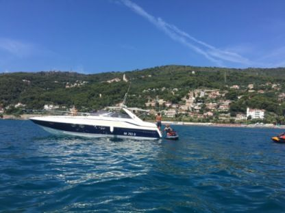 Charter Motorboat Sunseeker 39 Martinique Andora