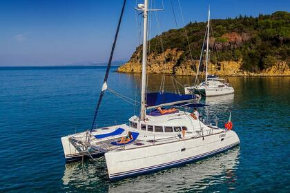 Hire Catamaran LAGOON 41 Scarlino