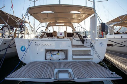Hire Sailboat DUFOUR 430 Grand large Sea cloud 1 Primošten