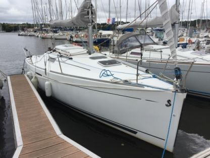 Charter Sailboat Beneteau First 25.7 Quiberon