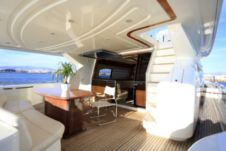 Motor yacht Ferretti 760 Fly for hire