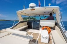 Motorboat Sea Ray 390
