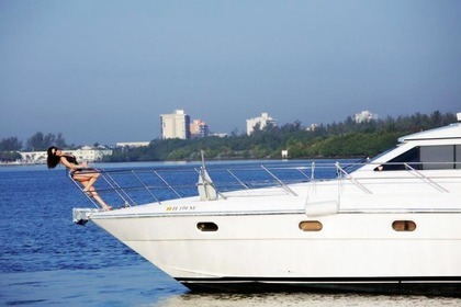 Hire Motorboat Gulf Craft Miami Beach