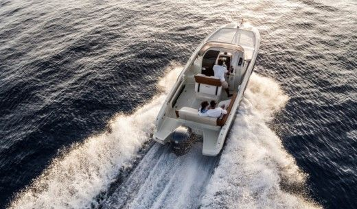 Invictus Yachts Invictus 240 Cx in Ibiza for rental
