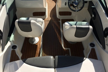 Rental Motorboat SEA RAY 185 SPORT Nice
