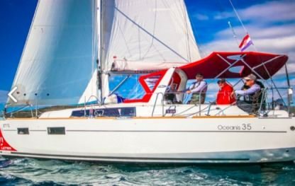Charter Sailboat Oceanis 35 Split