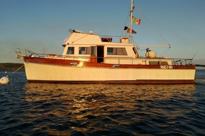Hire Motorboat GRAND BANKS Grand Banks 42 Lido di Venezia