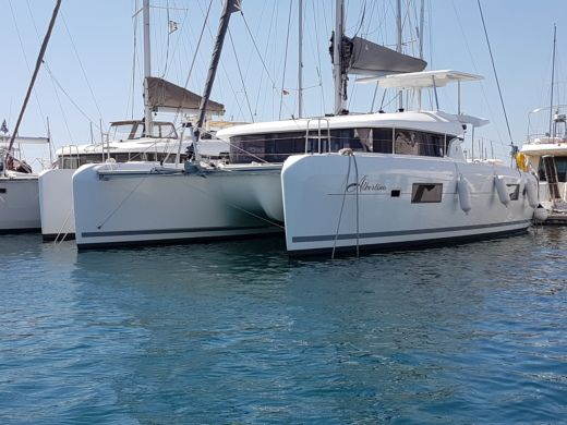 Rental catamaran in Athens