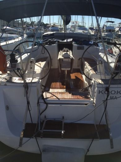 DUFOUR 425 GRAND LARGE in Hyères peer-to-peer