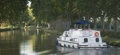 Rental Houseboat Peniche Royal Mystique A Carrick-On-Shannon