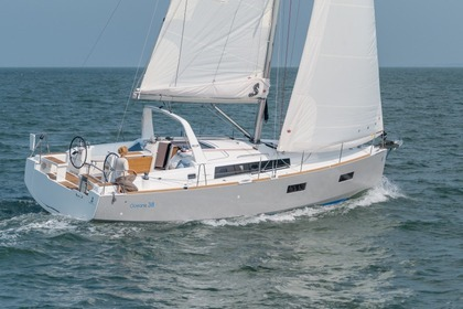 Hire Sailboat BENETEAU OCEANIS 38.1 Barcelona