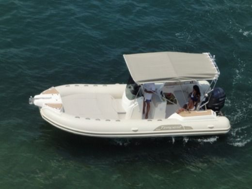 Charter rIB in Empuriabrava peer-to-peer