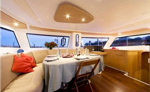 Fountaine Pajot Orana 44 in Sainte-Luce peer-to-peer