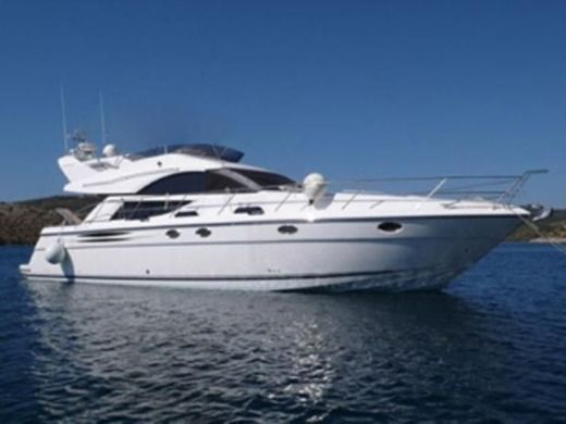 Fairline Phantom 50 a Pozzuoli da noleggiare