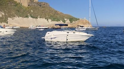 Charter Motorboat Chaparral 24 Bacoli