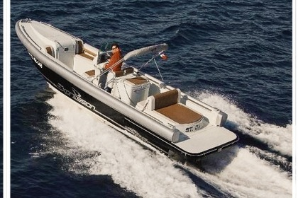 Hire Motorboat Expression 32 Grimaud