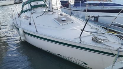 Charter Sailboat Beneteau First 28 Morlaix