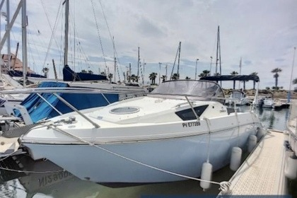 Rental Motorboat Cranchi Endurance 30 St-Laurent-du-Var