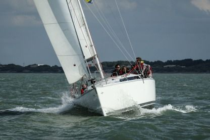 Rental Sailboat Bavaria Easy 9.7 Nieuwpoort