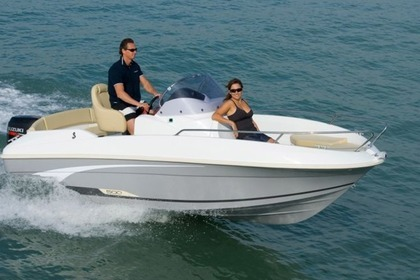 Hire Motorboat FLYER 500 OPEN Toscolano-Maderno