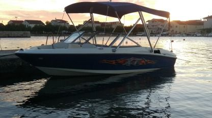 Rental Motorboat Bayliner 175 Xt Nin