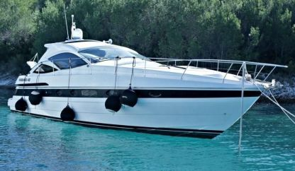 Rental Motorboat Pershing 43 Marzamemi
