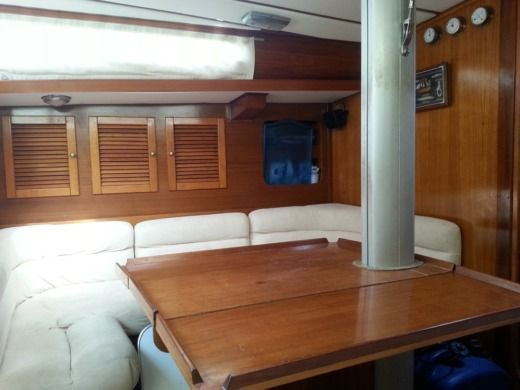 Sailboat Cantieri Barberis Show 38 for hire