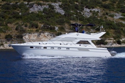 Hire Motorboat PRINCESS 470 Primošten