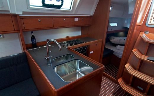 Sailboat Bavaria 37 Cruiser Adria Nina for hire