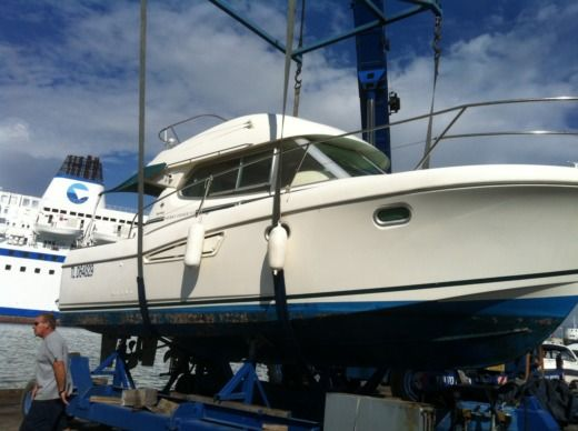 JEANNEAU Merry Fisher 9,25 in Saint-Mandrier-sur-Mer for hire