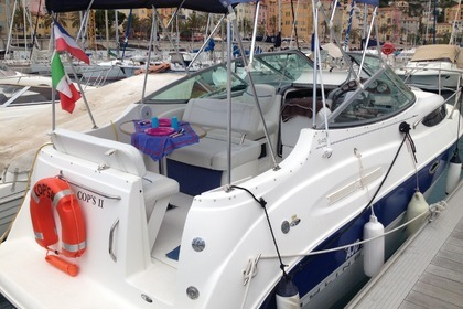 Hire Motorboat BAYLINER 245 SB Menton