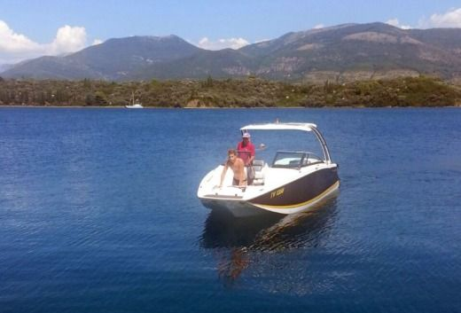 Rental Motorboat Four Winns Sl 262 Tribunj